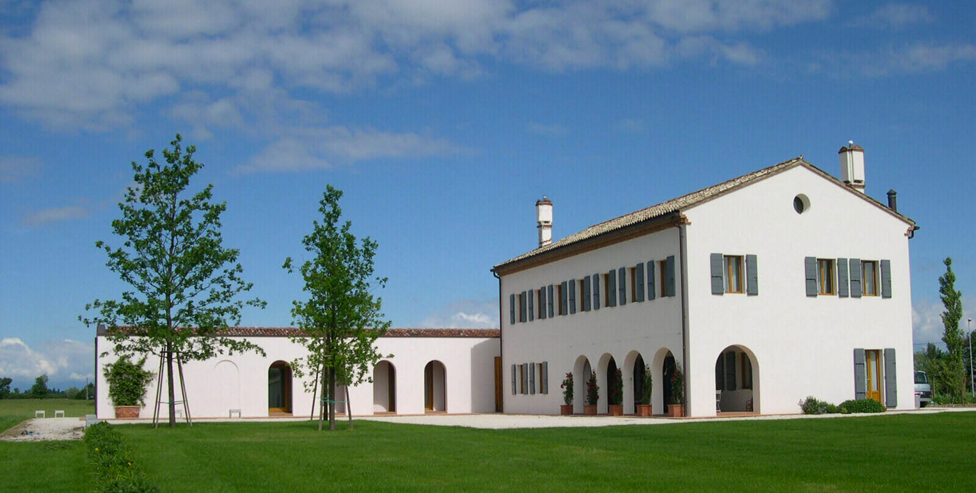Casa rurale in veneto prr architetti for Progetti di case ranch contemporanee